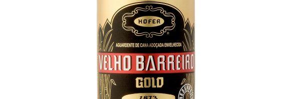 "Bodega Tres Blason incorpora a su portfolio la Cachaes iça""Velho Barreiro Gold"""