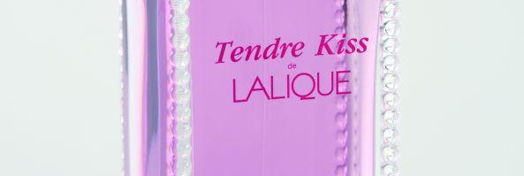 """Lalique recomienda """"TENDRE KISS"""" para agasajar a las mujeres en su día"""