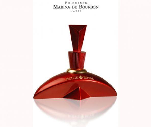 Marina De Bourbón lanza Rouge Royal, su primera fragancia edición limitada.